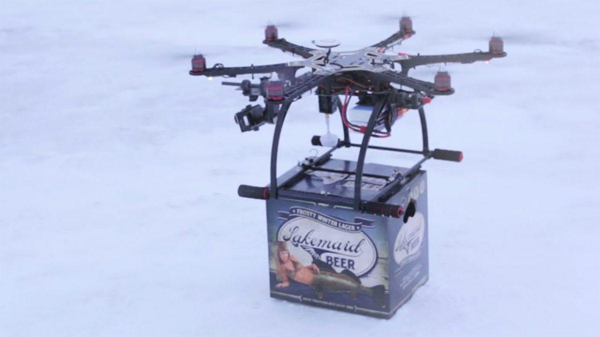 配送+ドローンの活用事例:需要はあるのに。。氷上の釣り人にドローンでビール配達を行うも禁止に!